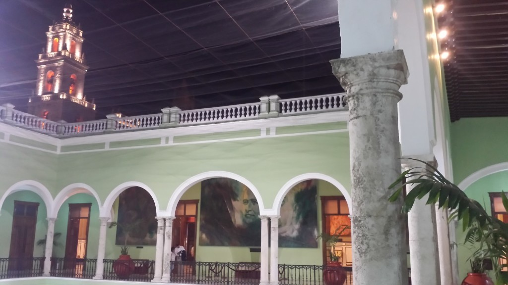 Touring the Palacio de Gobierno in Merida can be fun thing to do in the day or night