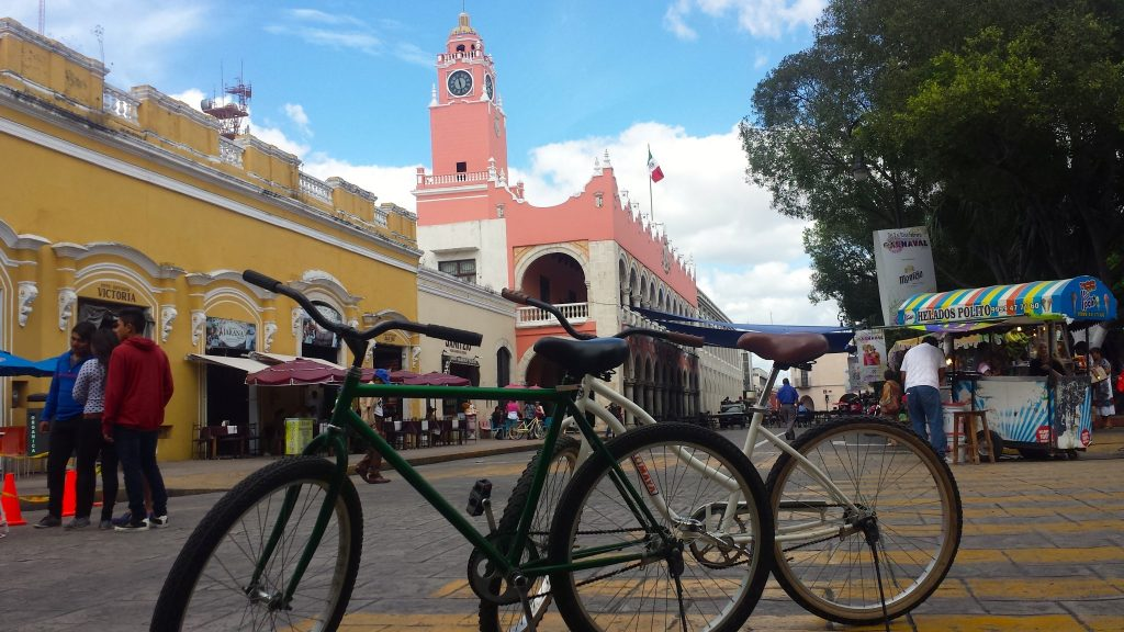 Bici-Ruta (Bike Route) Merida runs through the Plaza Grande every sunday