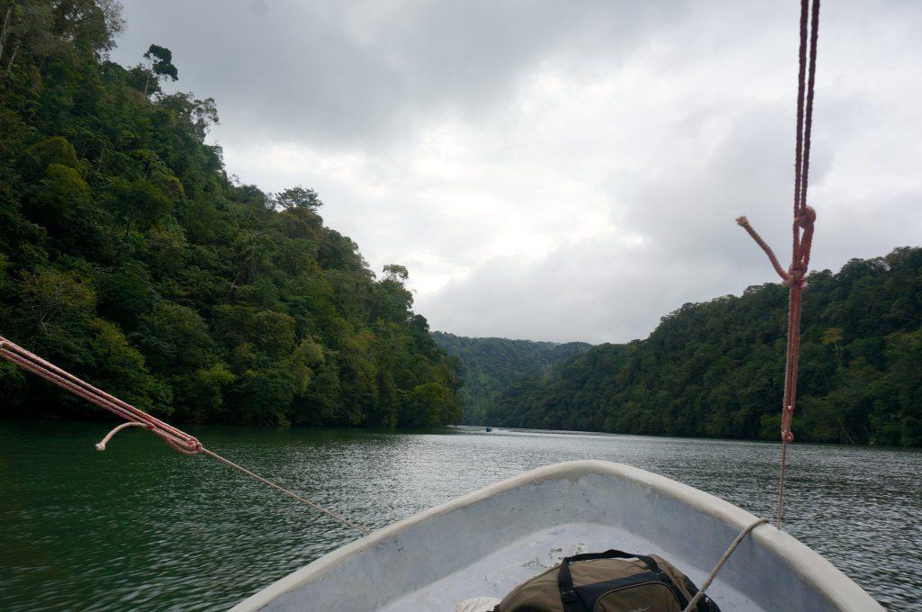 Rio Dulce lancha Guatemala