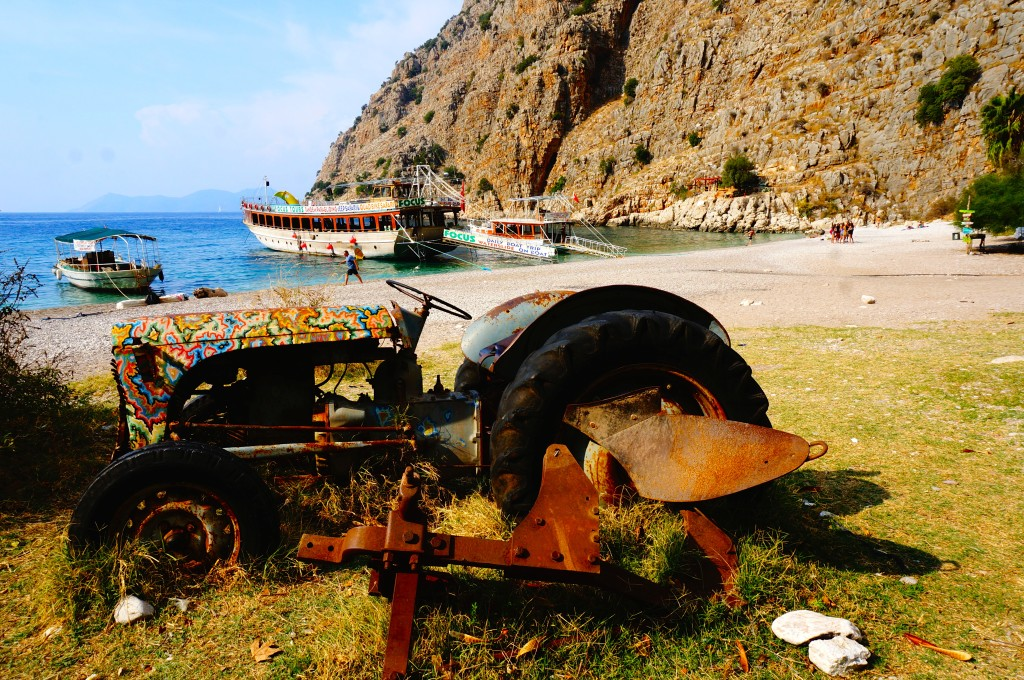 tractor in Butterfly valley