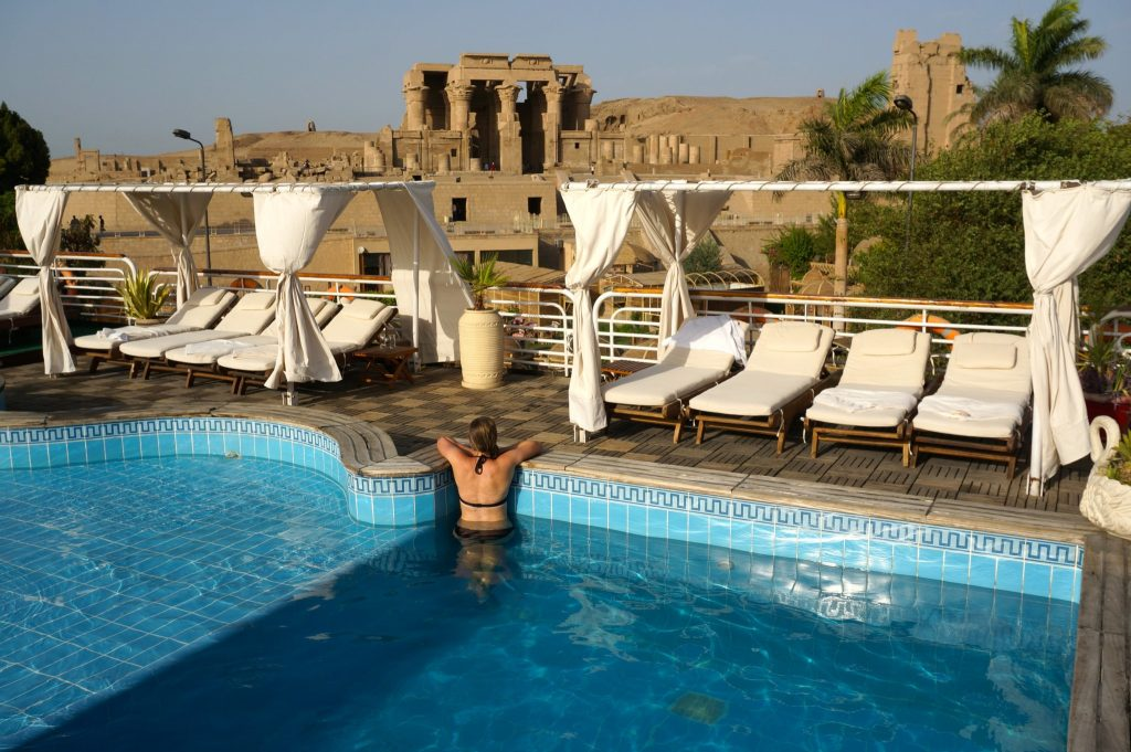 nile river cruise pool