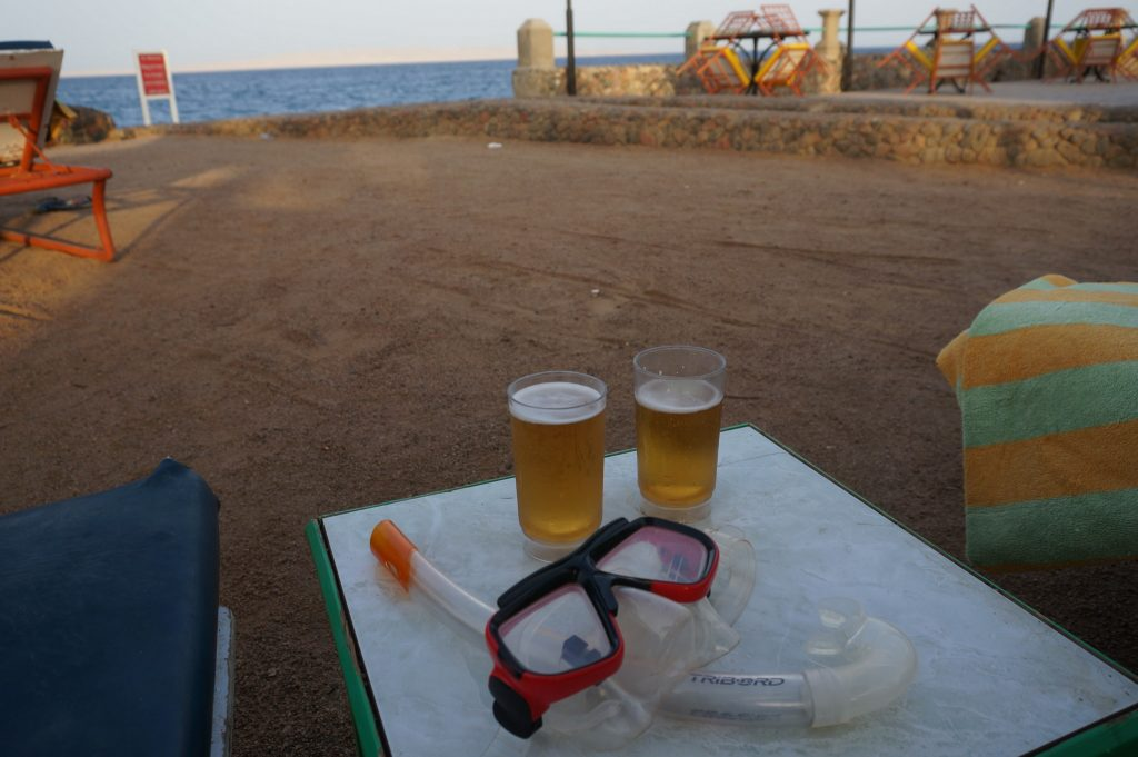 beers in a cabana after an afternoon snorkeling is our tip for an excellent way to relax in Egypt at a Hurghada Red Sea Resort
