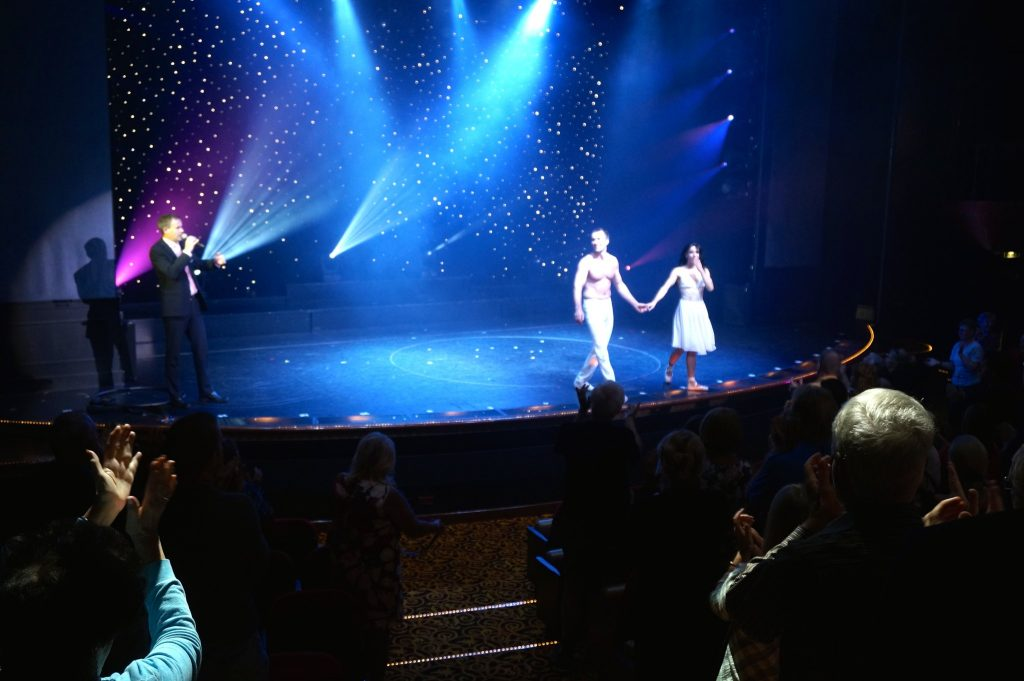 good seats at the theatre aboard the Norwegian Star cruise ship