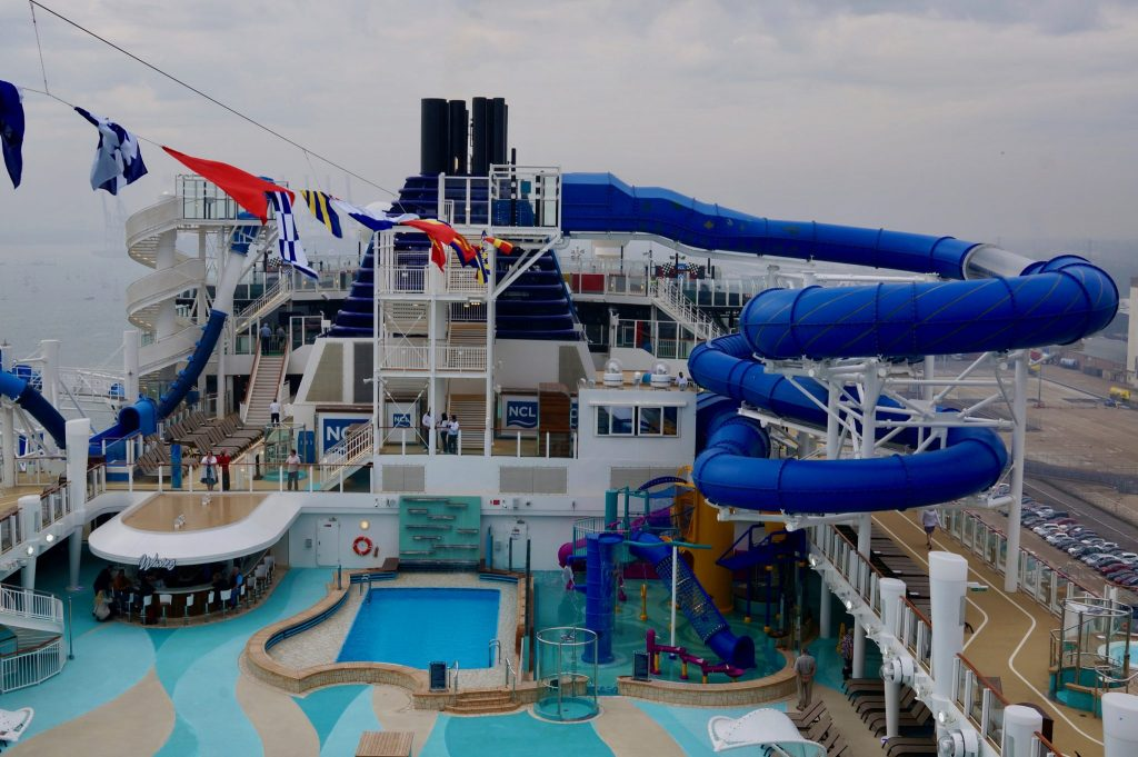 Norwegian Bliss empty pool deck on rainy day