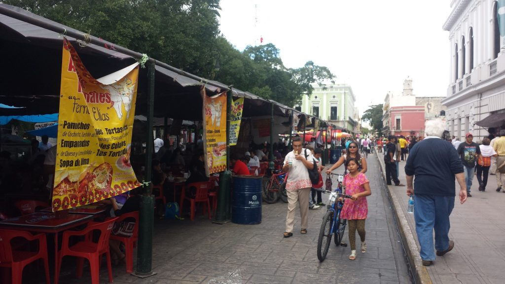 Merida en Domingo Sunday pop-up restaurants in Merida Mexico