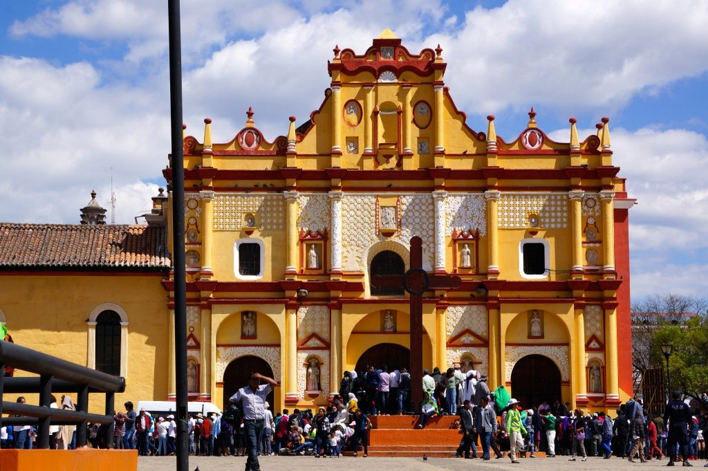 A crowd gathers for Pope Francis at the Cathedral in San Cristobal de las Casas, Chiapas, Mexico