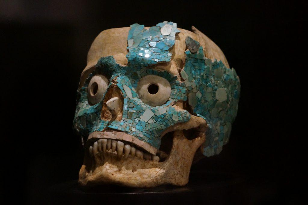 Oaxaca Museo de las Cultares (Oaxaca Museum of Culture) exhibits a turquise encrusted skull