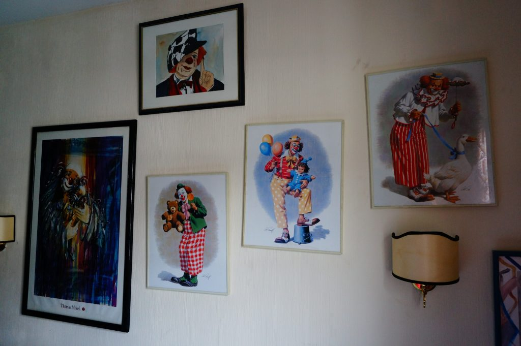 creepy killer clowns in painting in a hotel room in Koblenz Germany