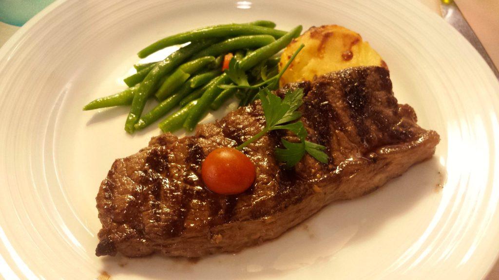 Steak dinner on Pullmantur Monarch