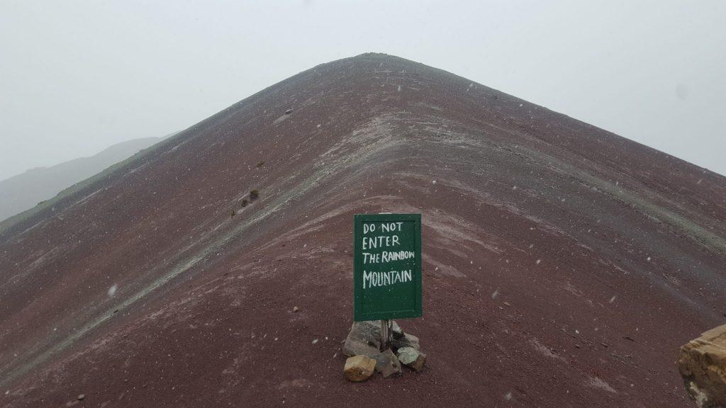 Rainbow Mountain sign