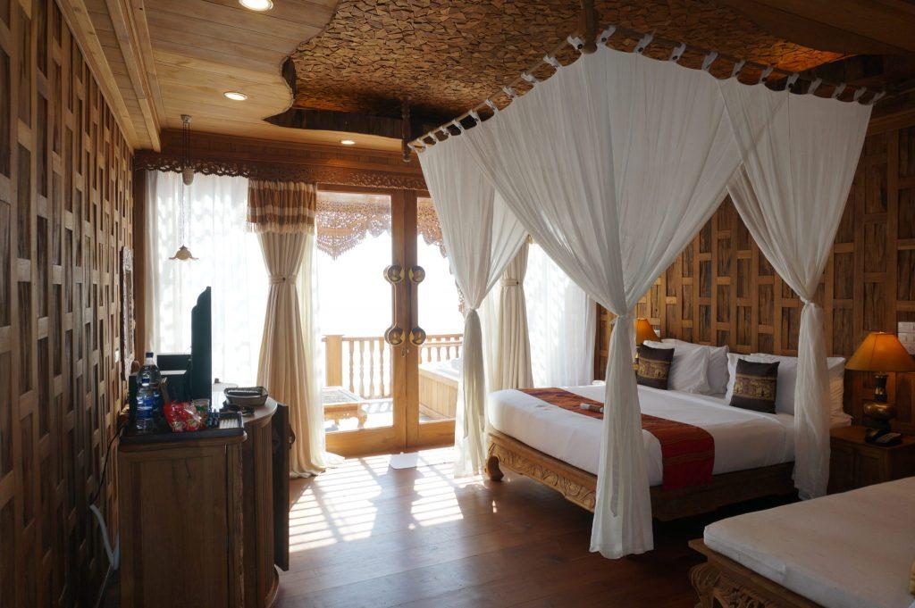 Thailand 5-star resort hotels.com deal