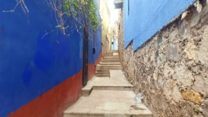 Getting lost in Guanajuato's alleyway is one of the best things to do in Guanajuato