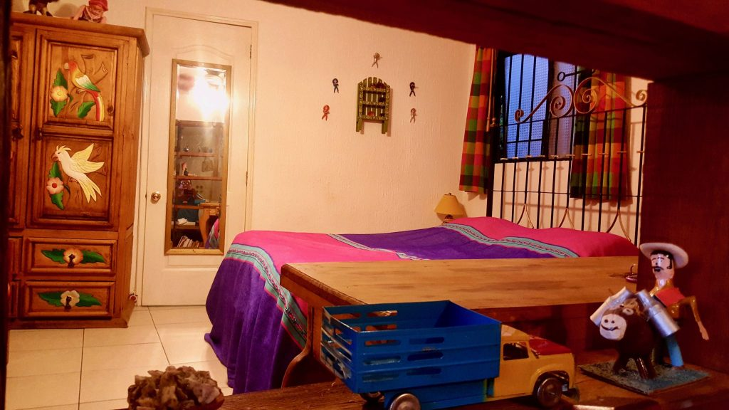 bedroom of Airbnb apartment rental in Guanajuato Mexico