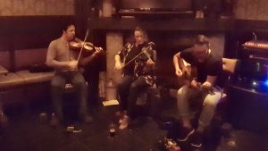 Kitchen Ceilidh Durty Nelly's Halifax band playing Gaelic music