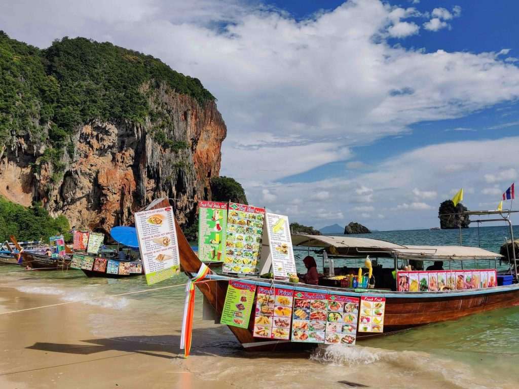 Long-tail boats with take-out food