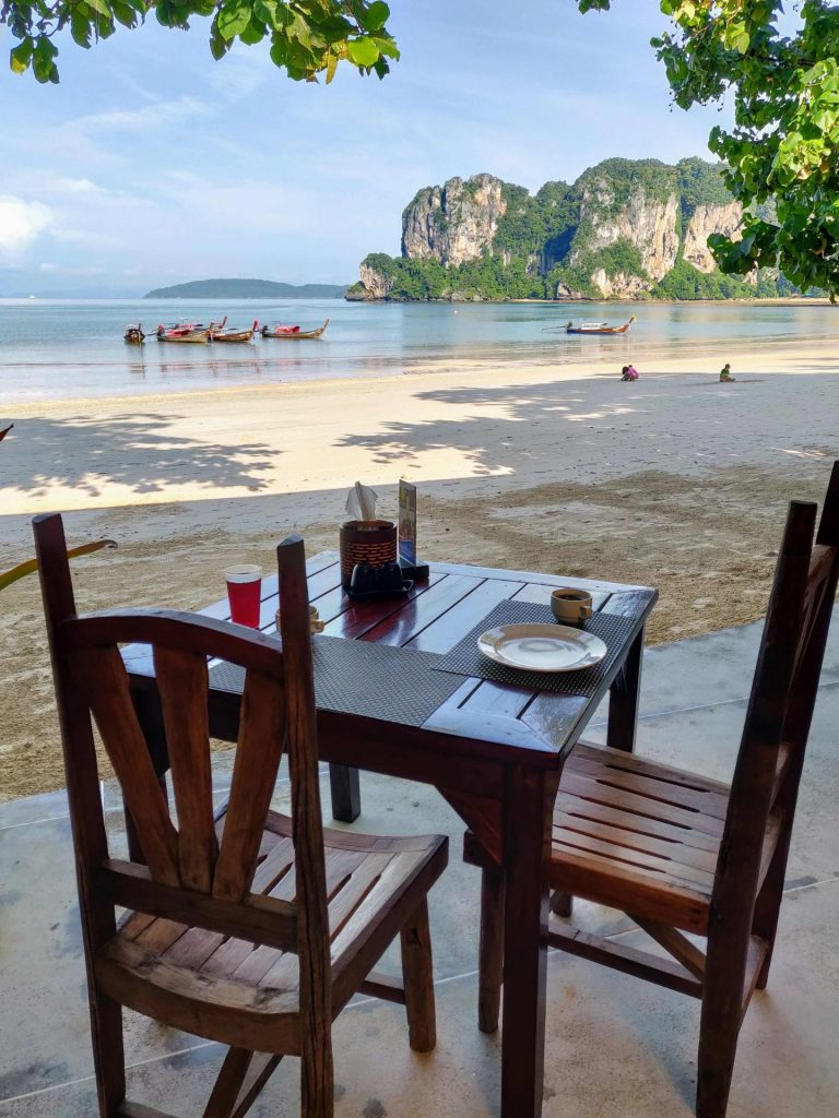 Resort restaurant with beach view in Railay