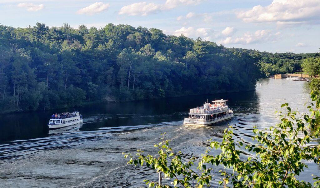 View of Wisconsin Dells Upper Dells boat