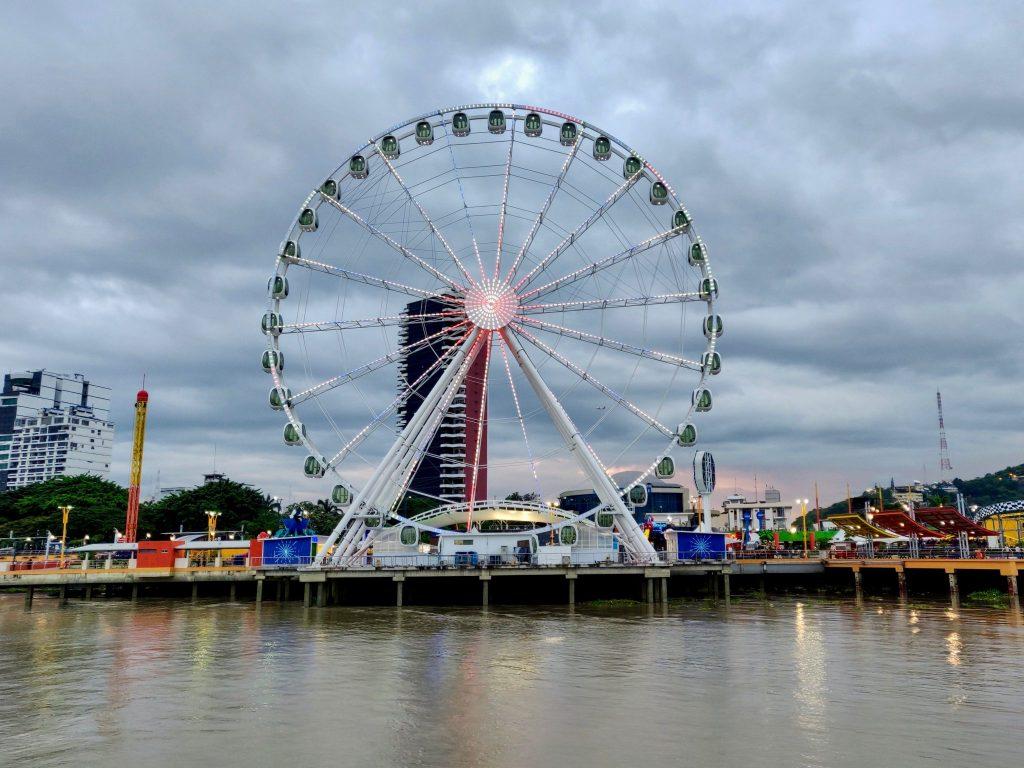 La Perla Ferris Wheel in Guayaquil Ecuador