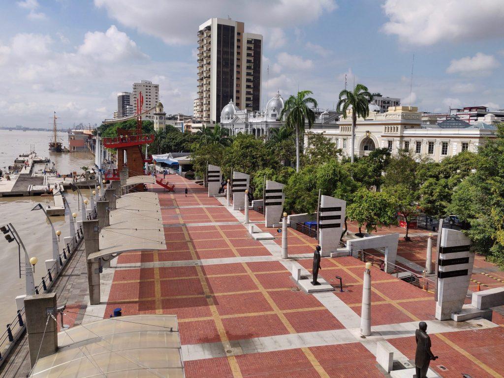 Malecon 2000 in Guayaquil Ecuador