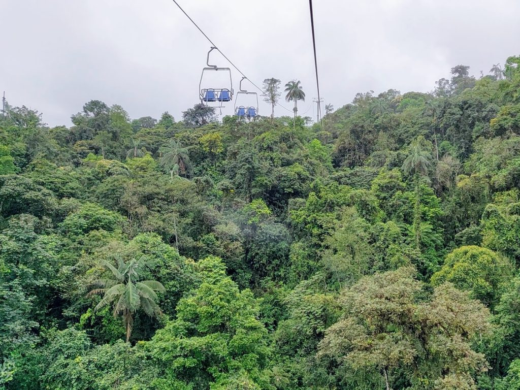 Minjoy Park chairlift through the Mindo cloud forest