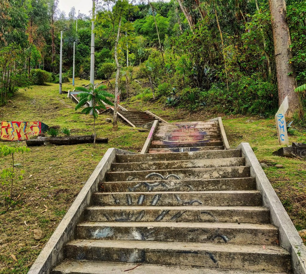 Stairs leading up to the Mirador de turi