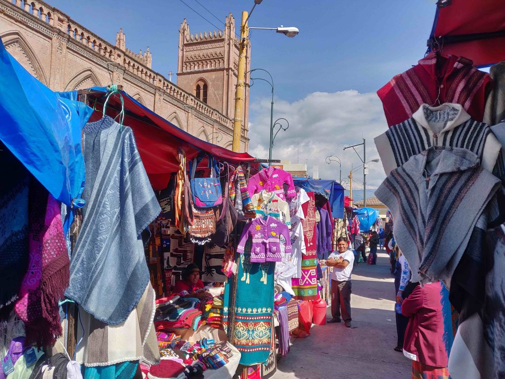 Craft vendors set up for the Saturday Market in Riobamba